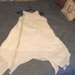 Beautiful gauzy dress 10/12L lace handkerchief hem